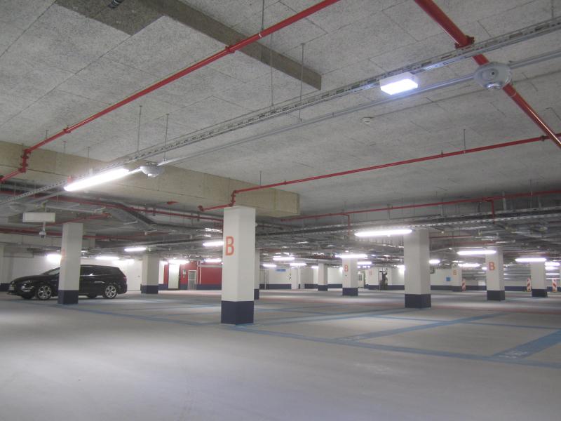 Neubau Einkaufszentrum