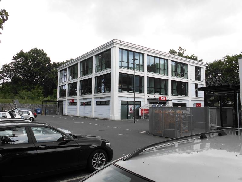 Neubau Büro- und Geschäftsgebäude